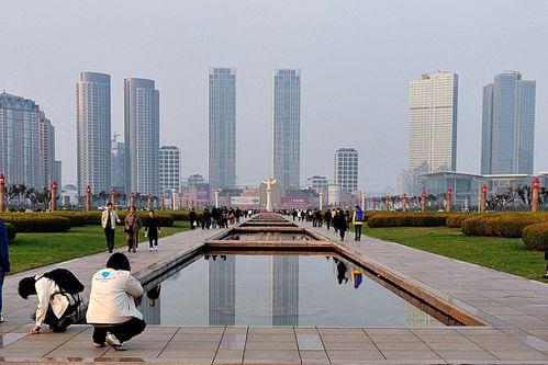 Dalian-Xinghai-Square-downtown-buildings-Mike-Saechang.jpg