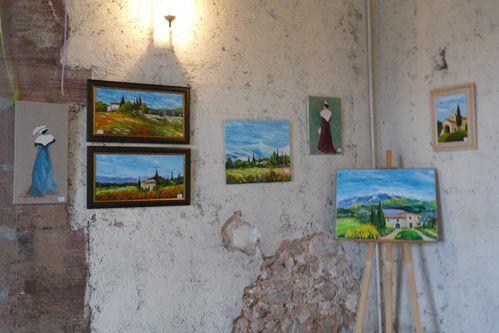 Une vue partielle sur mes peintures.