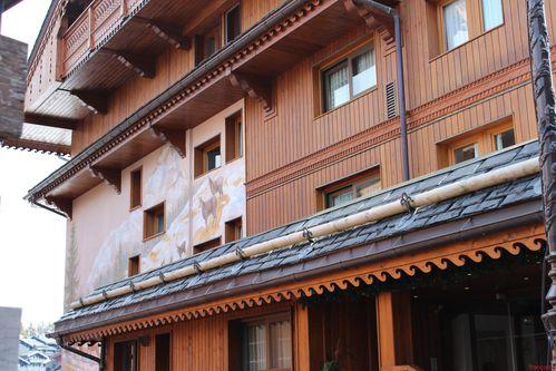 chamois sur façade