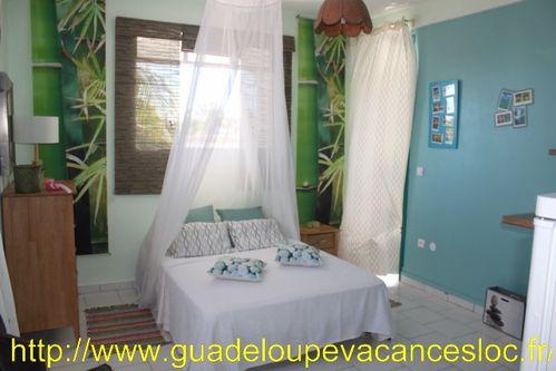 Chambre-studio-Guadeloupe.JPG