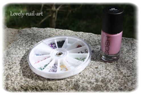 nail-art-noeud-rose-2.jpg