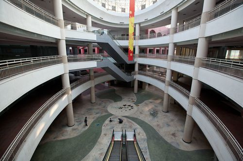 20110208_south_china_mall_temples_of_consumerism00-copie-1.jpg