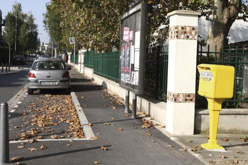 La-boite-aux-lettres-rue-Petit-Le-Roy-reinstallee.jpg