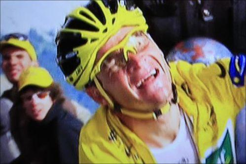 jaune vainqueur