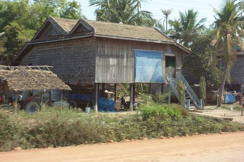 Une habitation traditionnelle au Cambodge
