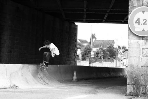 Axel-Thomas-SKATE-PONTIVY-PLO-3.jpg
