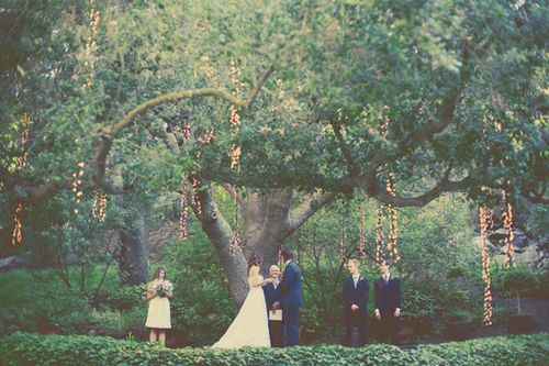 cheap-wedding-ceremony-decor-ideas.jpg
