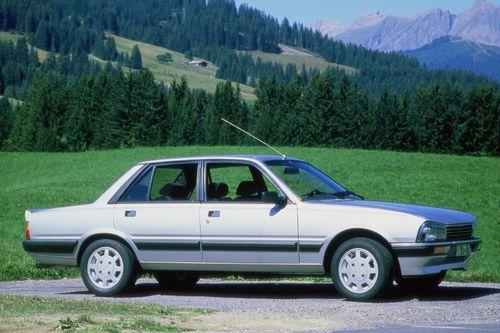 Peugeot-505-V6-4.jpg