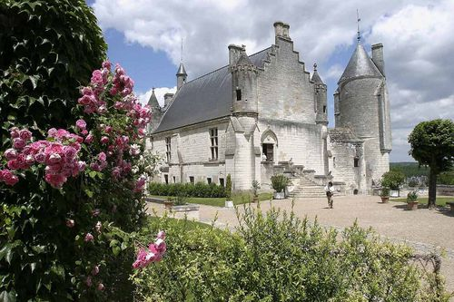 Loches-le-logis-royal--1-.jpg