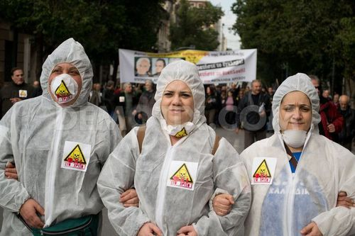 1357999184-protest-against-gold-mining-takes-place-in-athen.jpg