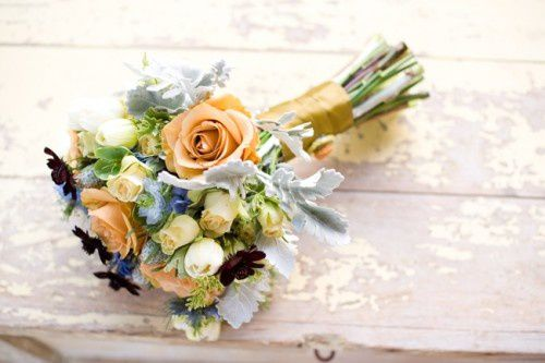 Peach-and-Light-Blue-Bouquet-500x333