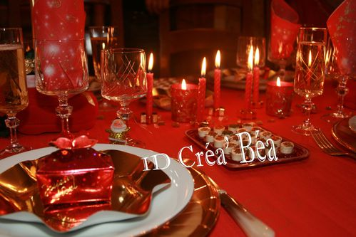 Noel nouvel an id cr a 39 b a des cr ations - Decoration table de noel rouge et or ...