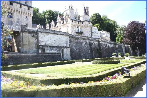 Chateau-USSE 4349