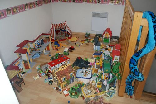 juillet 2010 we bricolage rangement playmobils maman c libattante. Black Bedroom Furniture Sets. Home Design Ideas