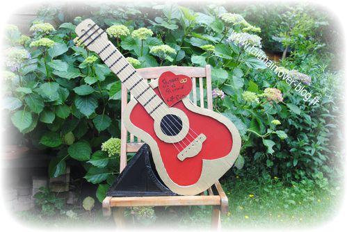 urne-guitare-gyspy.JPG