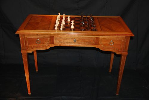 Table à jeux Louis XVI 1
