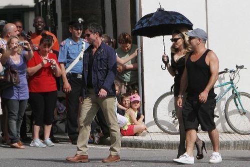 20120618-pictures-madonna-turn-up-the-radio-set-58