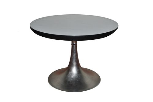 Table basse ou d 39 appoint avec pied tulipe trema design for Table basse tulipe