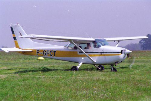 cessna-172-F-GFCT-1.JPG