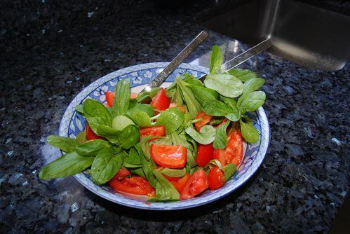 salade-de-mache-et-tomate.JPG