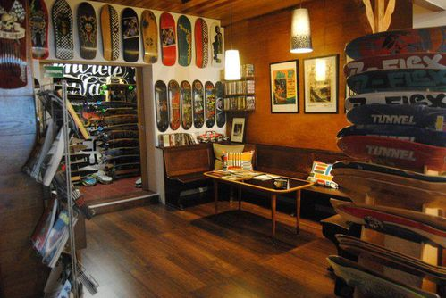 concretewave skateshop cologne le blog de island slalom tour. Black Bedroom Furniture Sets. Home Design Ideas