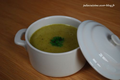 soupe-onctueuse-courgettes.jpeg