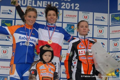 podium_dames_v3-2012-copie-1.jpg