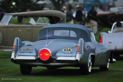 buick-lesabre-concept-car-rear-fins.jpeg