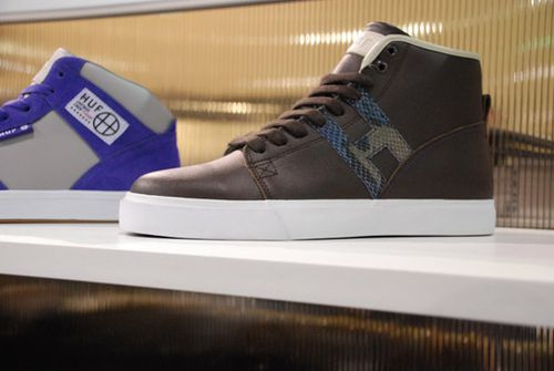 HUF-Spring-Summer-2010-Footwear-A-Closer-Look-03.jpg