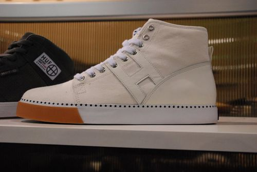 HUF-Spring-Summer-2010-Footwear-A-Closer-Look-10.jpg