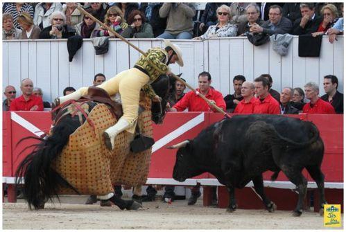 120406JS FERIARLES Corrida Padilla JB Castella 048