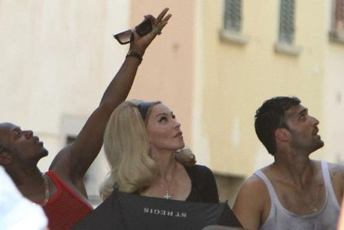20120618-pictures-madonna-turn-up-the-radio-set-47