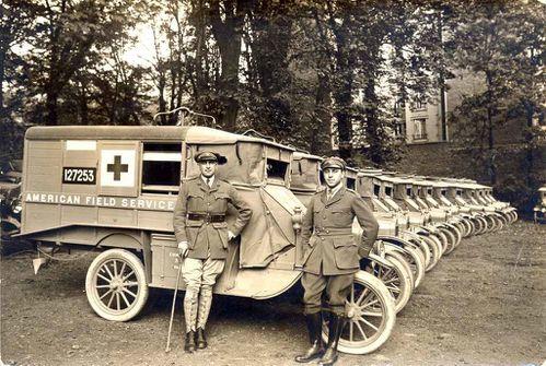 ambulances-de-l-AFS-in-philanthropie-rubio.jpg