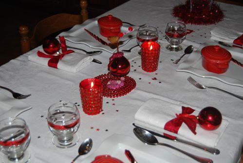 table-Noel-Rouge-brillant-021.jpg