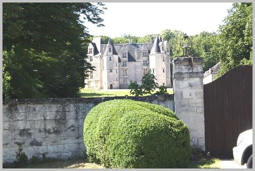 Chateau-prive-forteresse-Chinon 4321