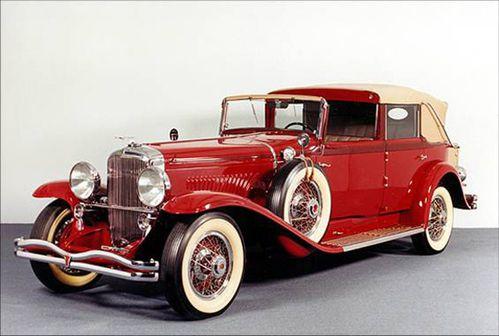 Duesenberg-Limousine-1930.jpg