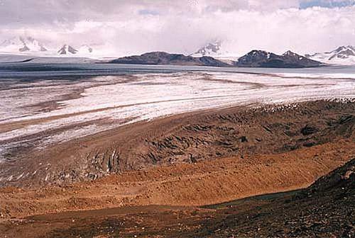 Nunatak-del-viedma---P.SkvarcInst.-antartico-Argentino.jpg