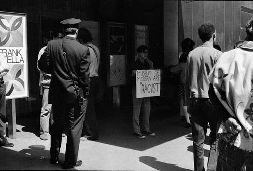 Guerilla Aart action group 1970 Protest-action NYC Moma 197