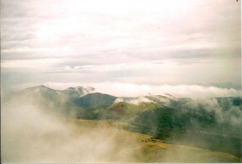 auvergne-sommet-puy-dome-img.jpg