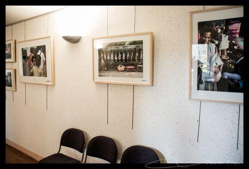 Exposition Portraits Malgaches au lycée Grammont par Olivier Pain reporter photographe basé sur Tour
