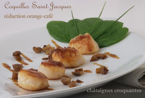 Coquilles Saint-Jacques réduction d'orange et café
