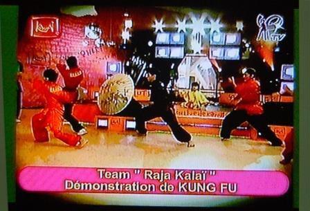 25-01-2006-kawai-filles-tv-groupe-nan-chuan.jpg