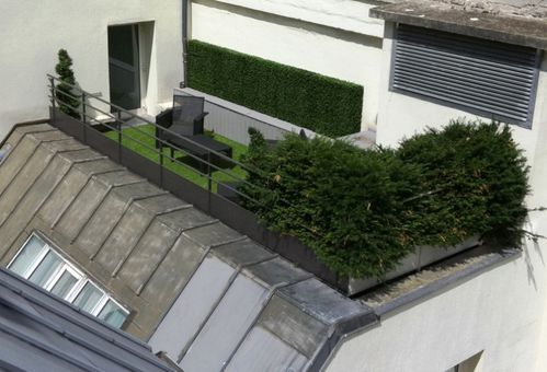 Arbres et plantes artificiels d ext rieur quelques for Plante artificielle balcon