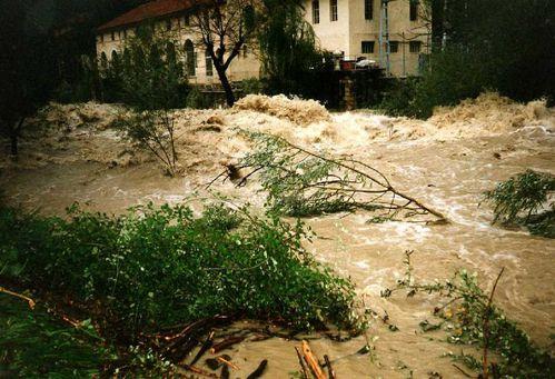 inondations-var.jpg