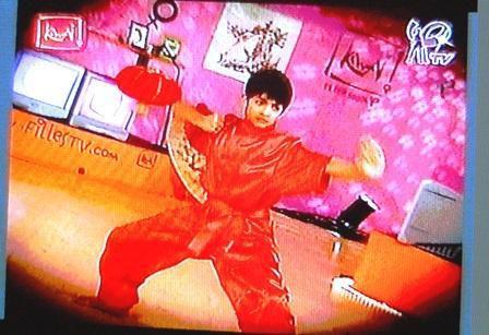 25-01-2006-kawai-filles-tv-demonst-navathipan.jpg