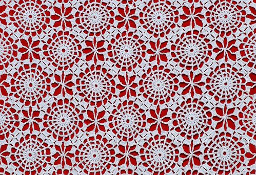 Broderie-Table-Crochet Julia-Figuueiredo-1970-Wikipedia-200