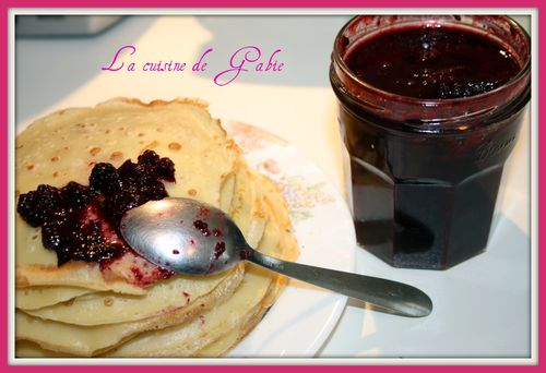 confiture-aux-fruits-rouge.jpg