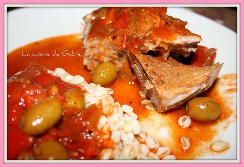 rouelle-de-porc-aux-poivrons-et-olives.jpg
