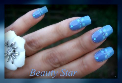 wd blue le blog de beauty star nail art and co. Black Bedroom Furniture Sets. Home Design Ideas