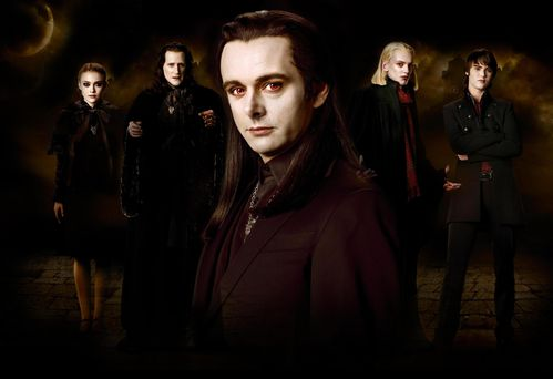 Aro-and-the-Volturi-Coven-team-aro-8603430-2560-1755.jpg